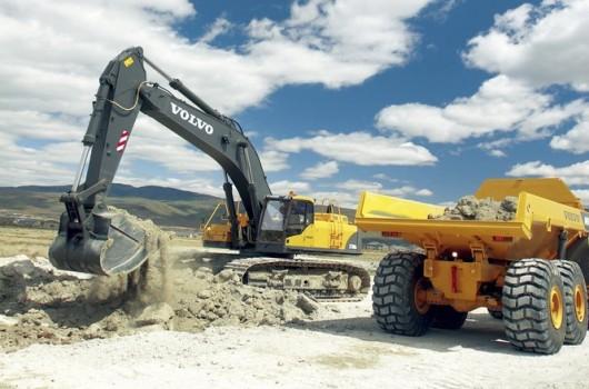 heavyautoparts_excavator_slide_665x470